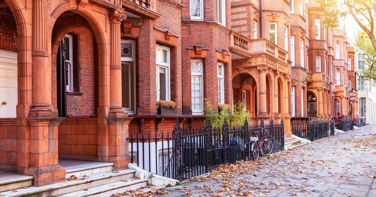 A high-value London street scene, Kensington